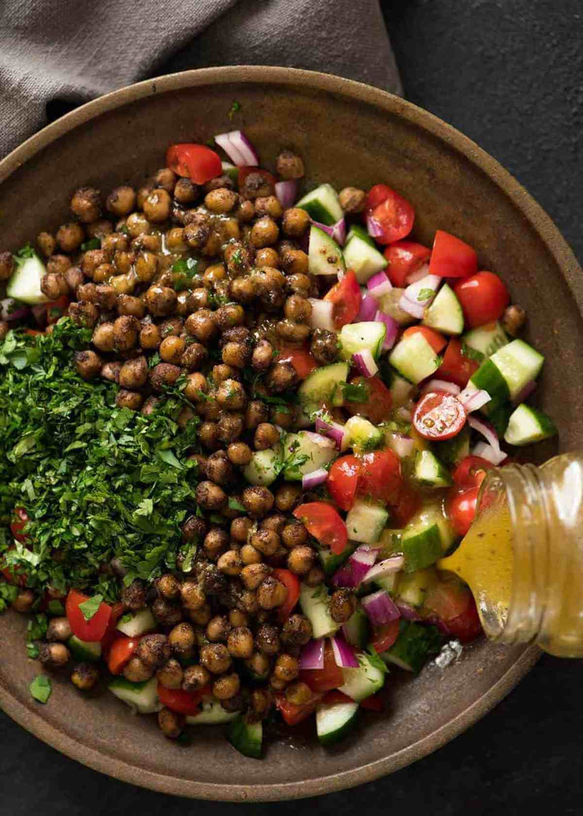 This may very well be the best chickpea salad you ever have in your life. Thank you Yotam Ottolenghi. www.recipetineats.com