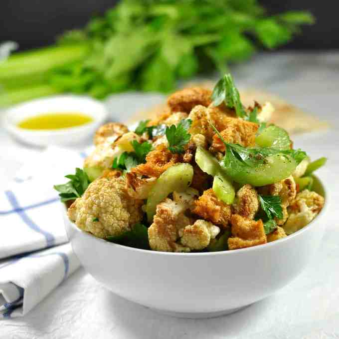 Roasted Cauliflower Salad with Chunky Bread - take the humble cauliflower to a new level. Great make ahead!