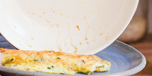 30-Second Herb & Cheddar Omelet