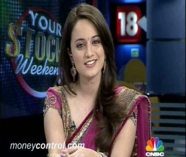 Top  Cute Hot Sexy Female News Anchors In India Reckon Talk