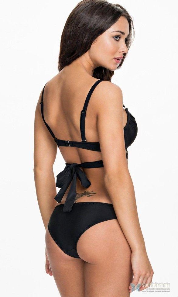 Indian Girl With Gun Hd Wallpaper Amy Jackson Hot Bikini Unseen Pics 20 Photos Of I