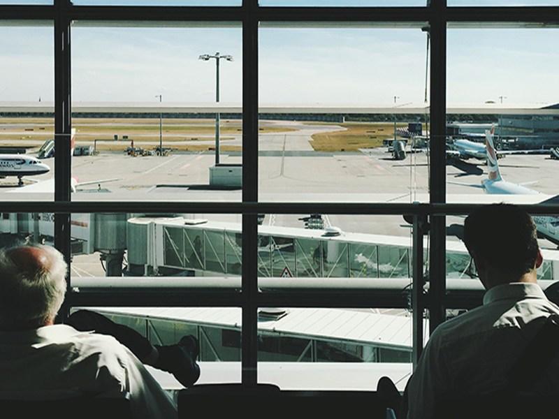 cosas para no aburrirte en un aeropuerto reclamador