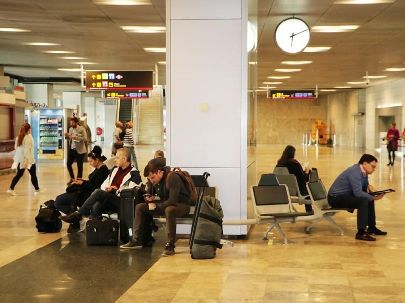 ¿Qué medidas debe tener tu equipaje de mano?