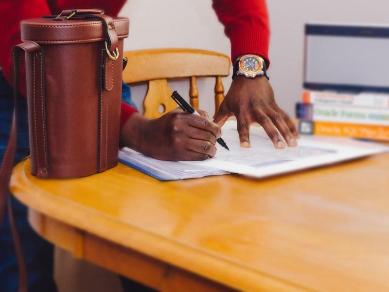 Requisitos para la renovación del permiso de residencia por reagrupación familiar