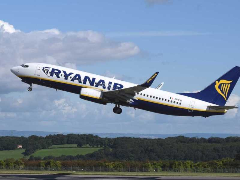 Pasajeros frente a huelgas de personal de aerolíneas: la importancia de los plazos para reclamar