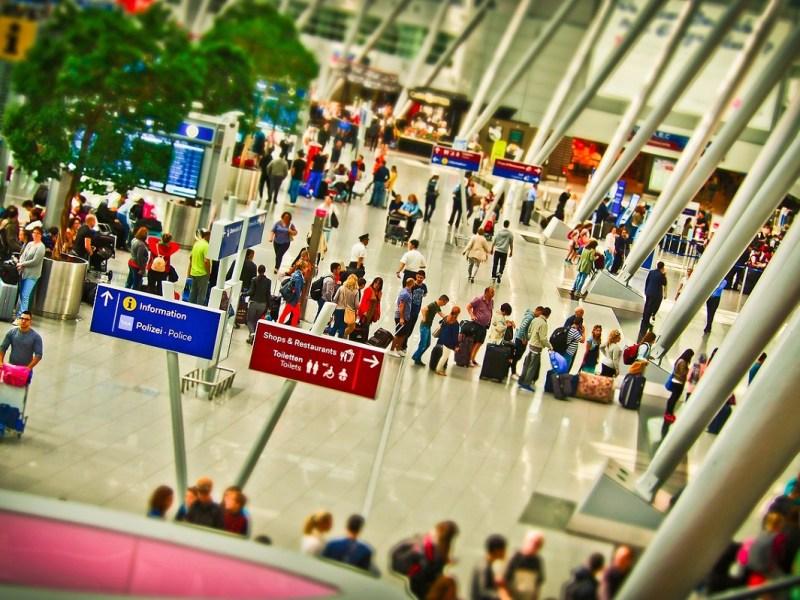 Trucos para pasar más rápido el control de seguridad de un aeropuerto
