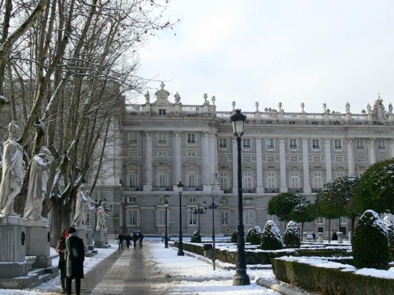 Vuelos cancelados por el temporal Filomena en Madrid