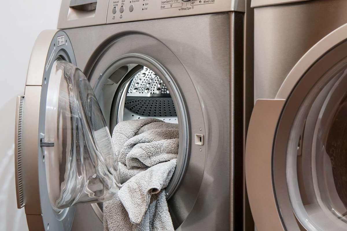 subida de la luz ruido de lavadoras