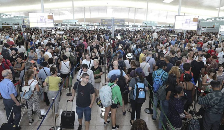Huelgas en los aeropuertos en Semana Santa