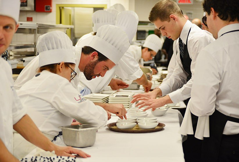 Comment Devenir Cuisinier Formation Salaire Et Dbouchs
