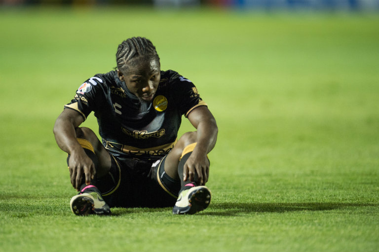 Chará se lamenta en goleada de Tigres contra Dorados