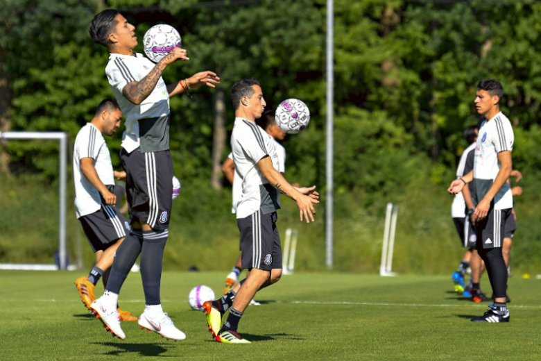 Selección Mexicana durante un entrenamiento en Dinamarca