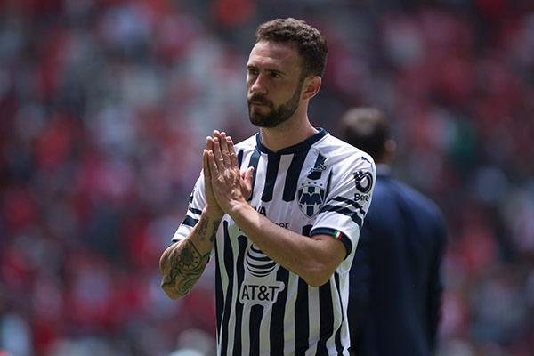 Miguel Layún pide perdón tras goleada de Toluca a Monterrey