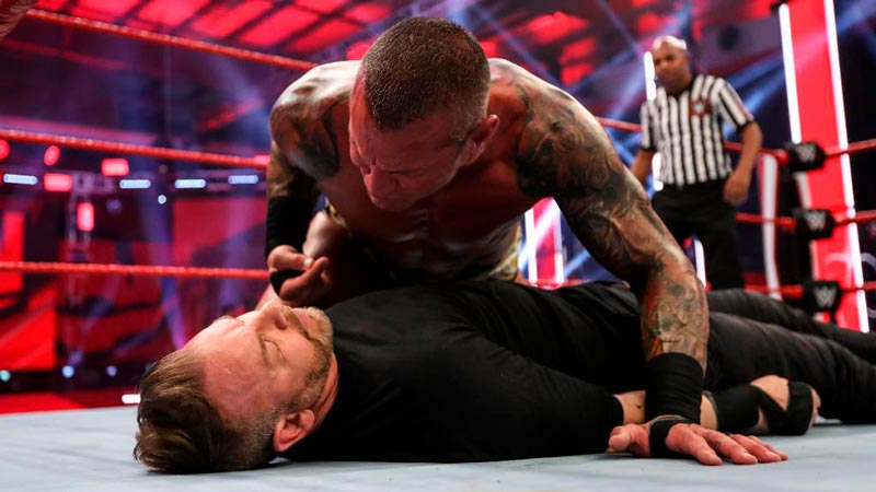 TWITTER @WWE