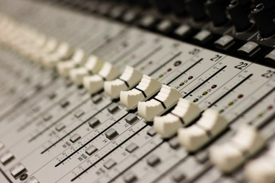 TRR198 Should You Mix While You Record?