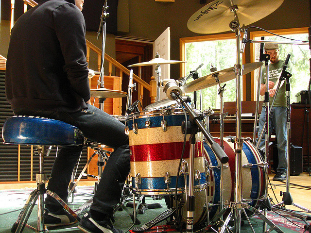 The Power Of Recording Drums With One Microphone - Recording