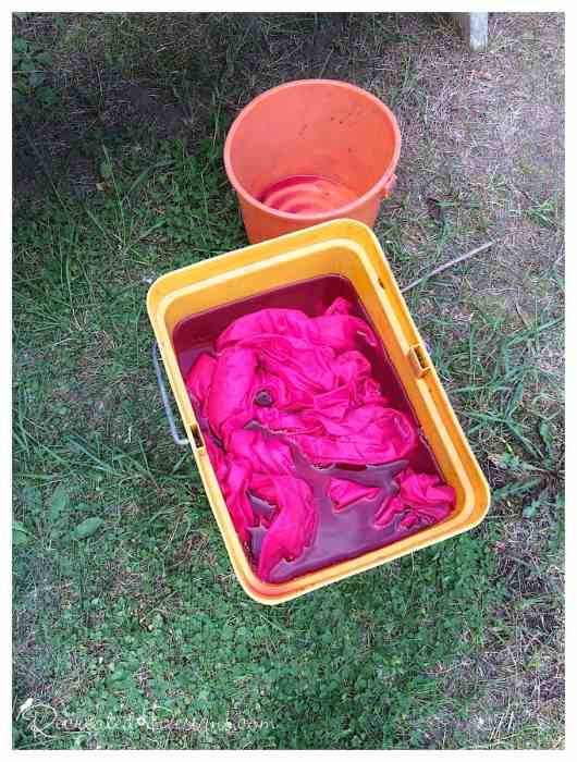 dying fabric with paint