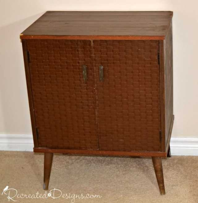 little retro cabinet with basket weave