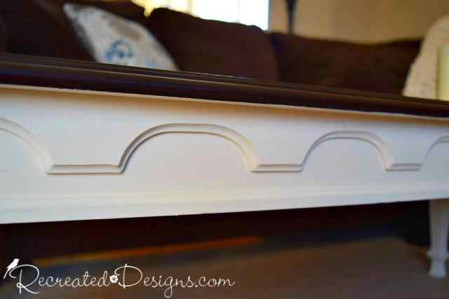 details on vaintge Federal style coffee table