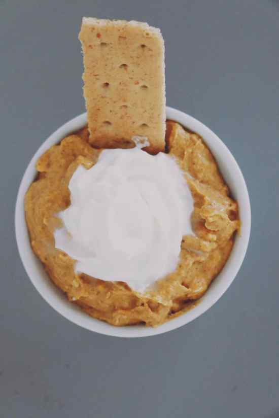 delicious-pumpkin-cheesecake-dip