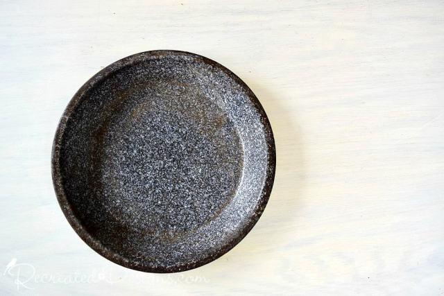 vintage tin tray/plate