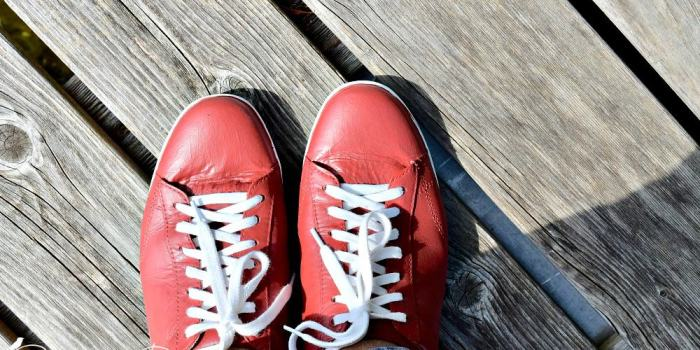 What to do When You Don't Like the Colour of Your Shoes?