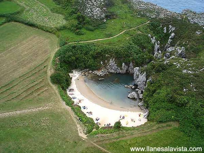playa en asturias