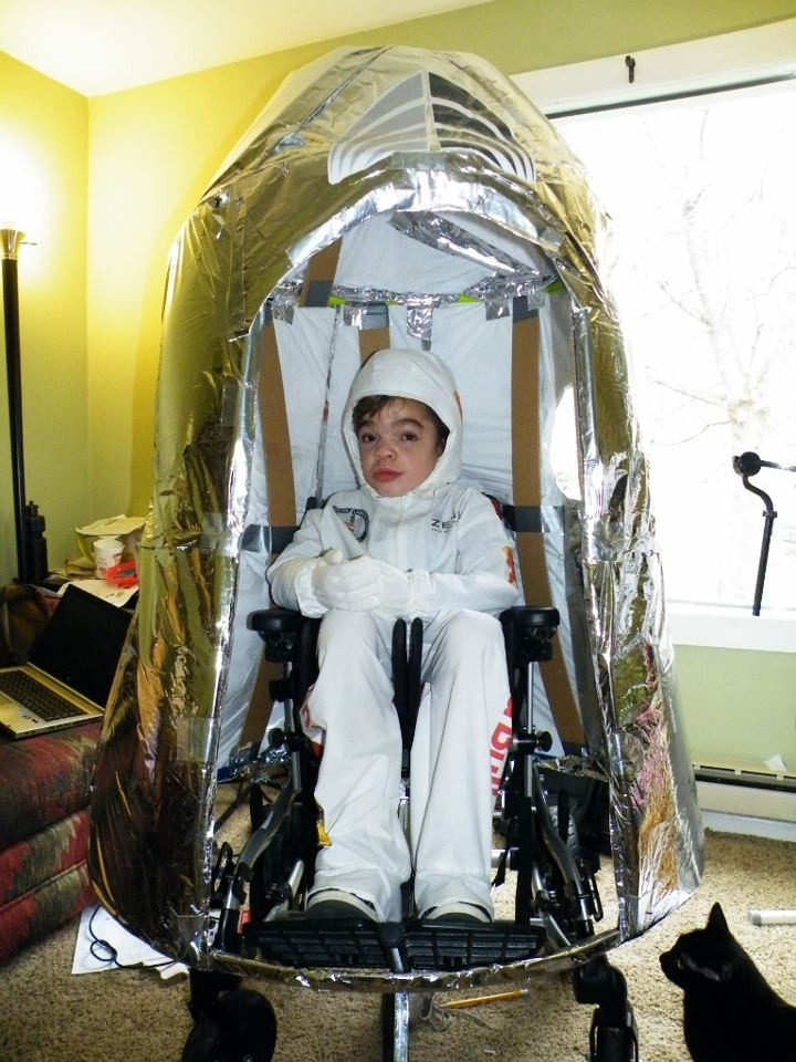 30 increbles disfraces en sillas de ruedas para nios