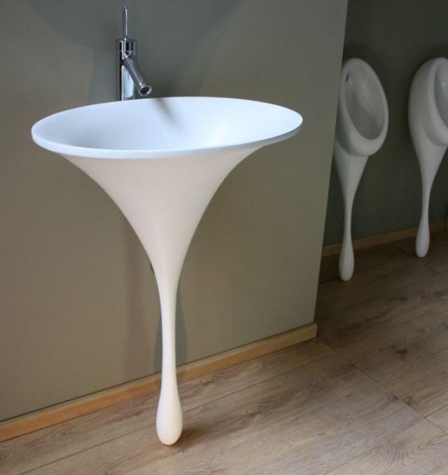 lavabo de baño blanco en forma de una gota