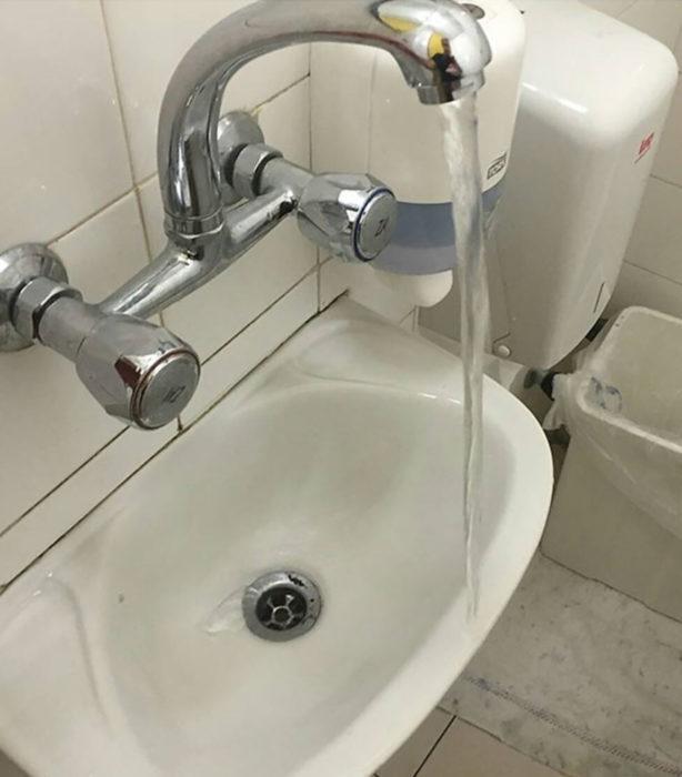lavabo mal puesto