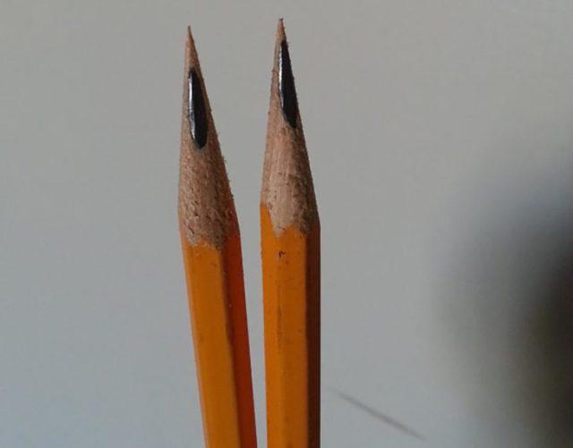lápices con punta mal sacada