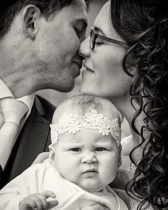 La hacia de la bebe lo afirma todo