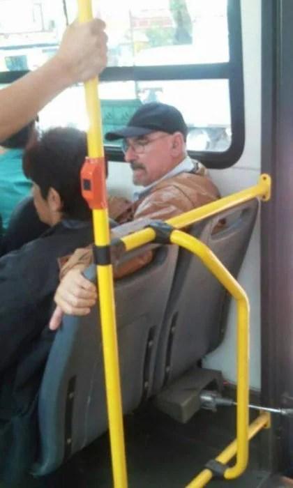 Walter en el transporte público