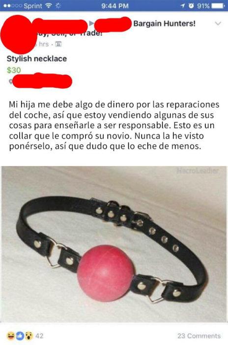 mujer vende collar ajeno de su hija