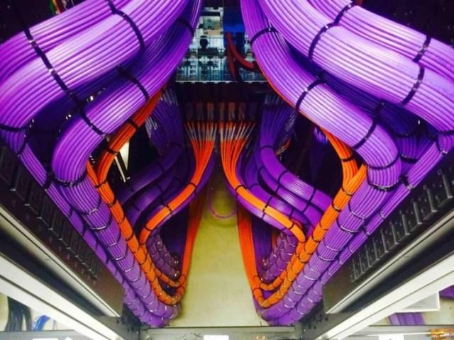 cables perfectamente ordenados