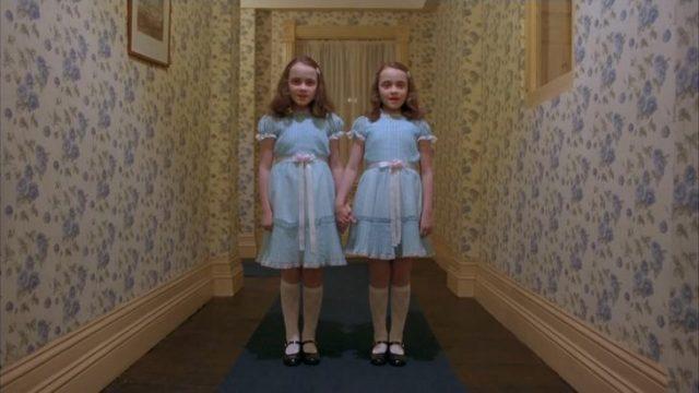 el resplandor gemelas pasillo