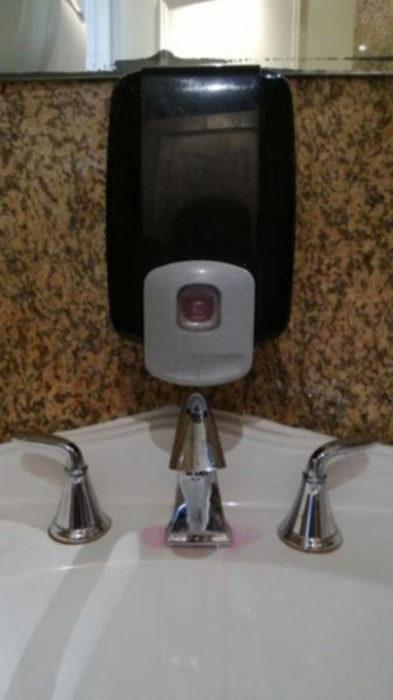 dispensador de jabón fallo fail