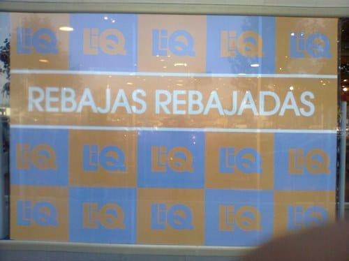 rebajas rebajadas letrero
