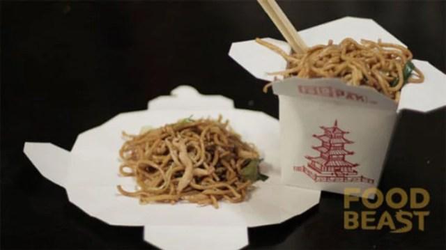 comida china plato mal uso