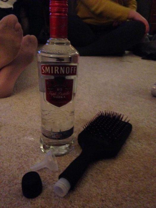 cepillo con alcohol