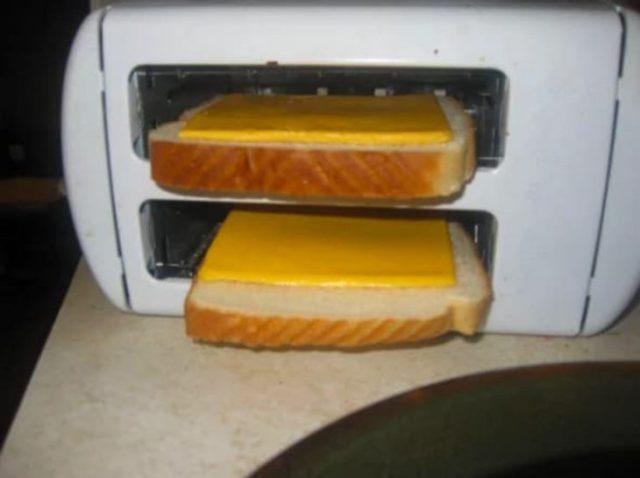 Pan con queso amarillo