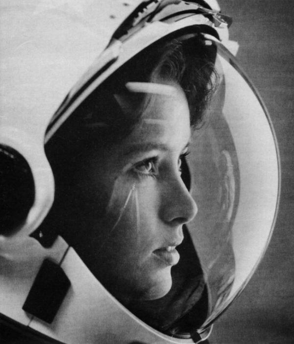 La primera mamá en la luna