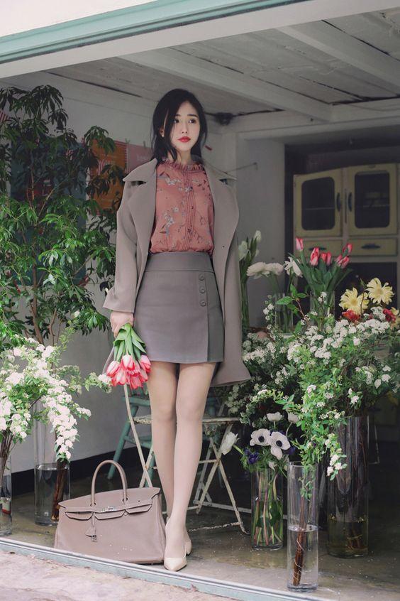 11 vestuarios coreanos perfectos para llevar a la oficina