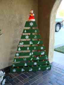Pallet Christmas Tree Recyclart