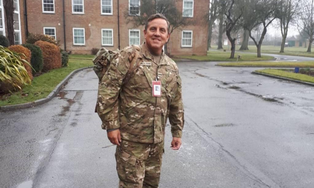 El coronel Vilgré Lamadrid hace unos meses, cuando visitó un centro de atención de veteranos en Inglaterra. | Fotos: Gentileza Vilgré Lamadrid