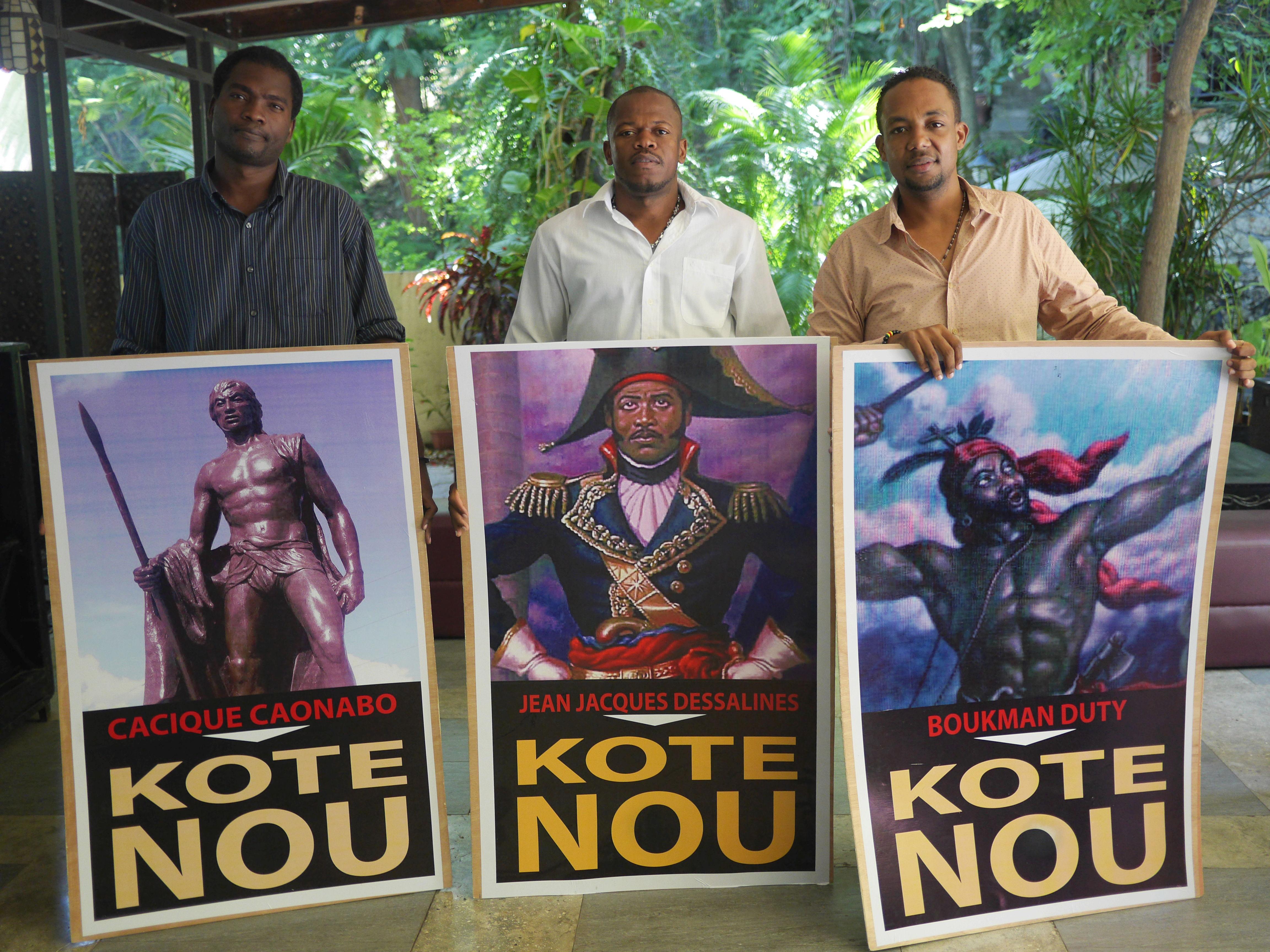 Junto con otros jóvenes profesionales, Moïse fundó el grupo Nuevo Haití, un espacio que milita por un cambio político en Haití.