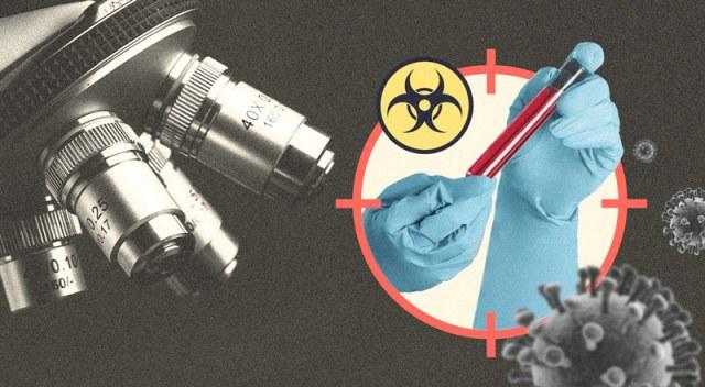 Un microscopio junto a manos con guantes de latex que sostienen tubo de ensayo, y un símbolo de virus al lado.