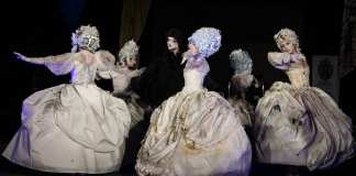 Baroc teatrul masca