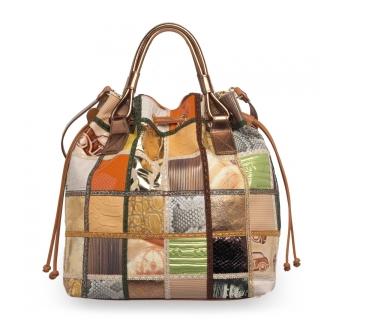 Le borse a secchiello per la Primavera Estate 2011
