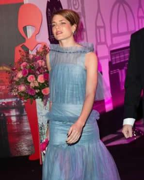 Charlotte Casiraghi in Chanel al Ballo della Rosa